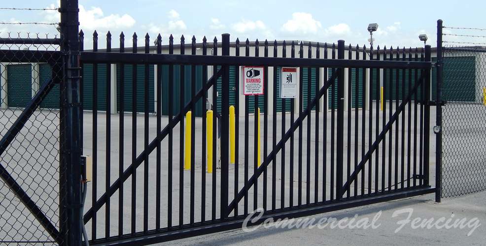 Jones Fence Enterprises   Vinyl Fence, Wood Fence, Metal Fence, Chainlink  Fence For Residential, Corporate And Industrial Fence Installation.